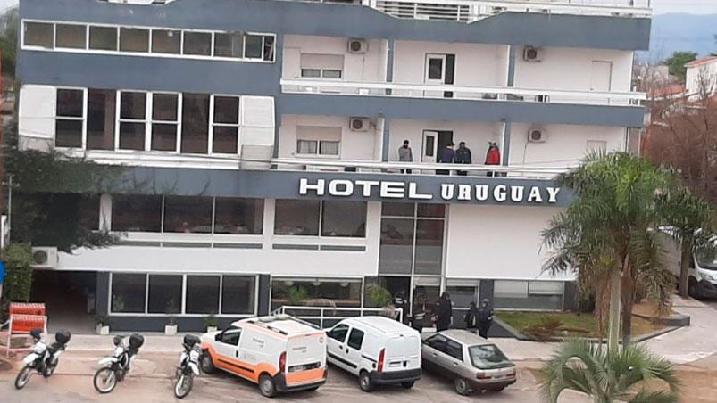 Clausuran un hotel de Carlos Paz por la llegada de un contingente de Buenos Aires