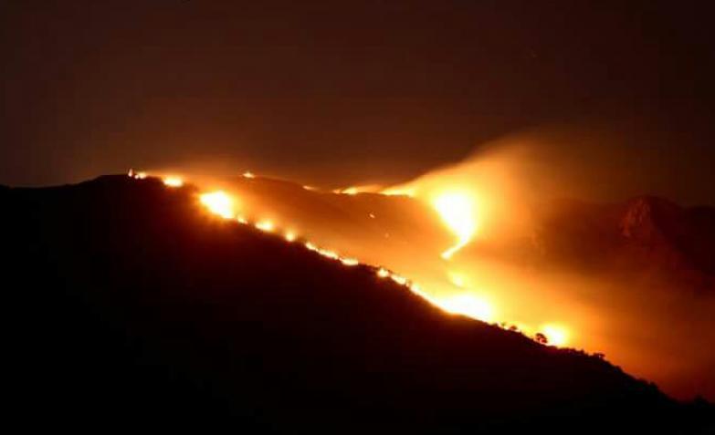Incendios : Se espera una jornada complicada en el Valle de Punilla