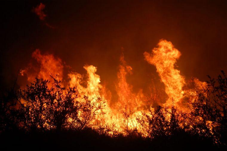 TRASLASIERRA: pesar de la lluvia y las bajas temperaturas se reactivaron incendios