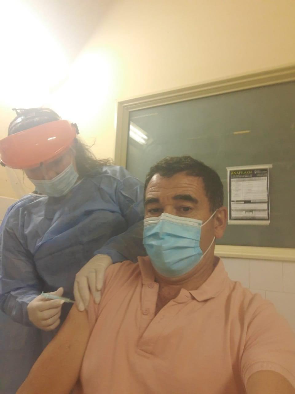 PERSONAL DEL HOSPITAL DE CAPILLA DEL MONTE SE VACUNARON CONTRA EL COVID-19
