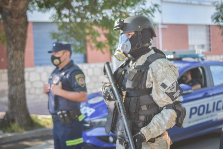 VILLA CARLOS PAZ: HALLAN COCAÍNA EN UN CONTROL EN EL SECTOR DEL FANTASIO