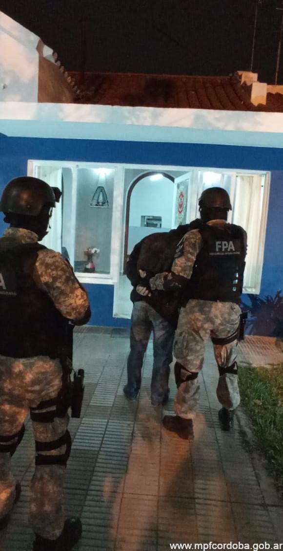 FPA DESARTICULÓ BANDA FAMILIAR QUE DIRIGÍA PUNTOS DE VENTA DE DROGAS EN VALLE HERMOSO. 5 DETENIDOS