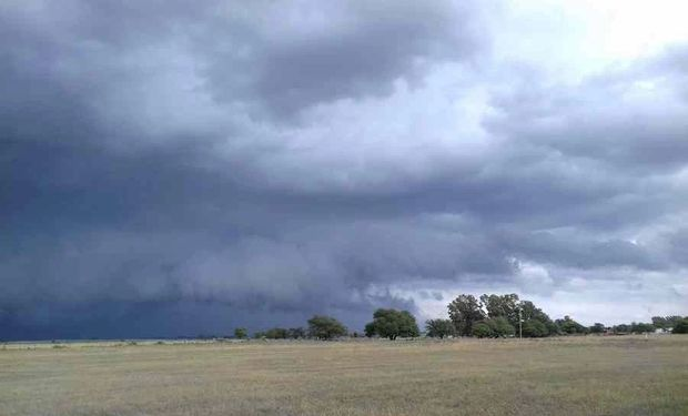 Emiten alerta amarilla por tormentas fuertes para Punilla